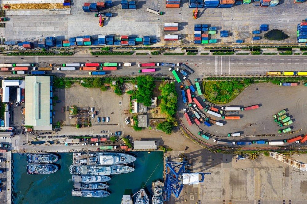 fomalites-douaniere-vue-port